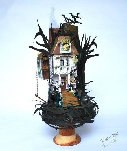 haunted house tin 7